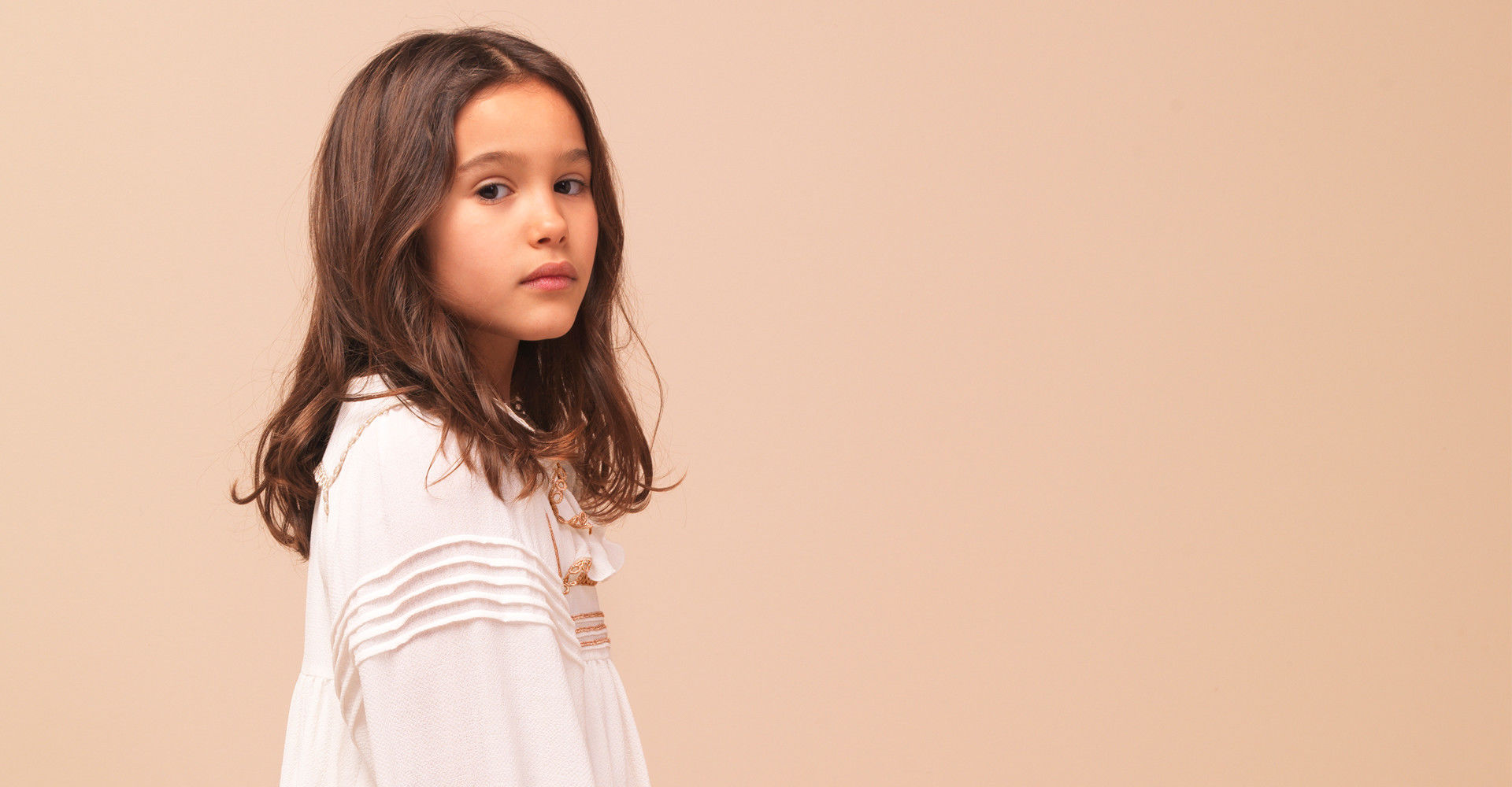 Curated_Childrenswear_Little Chloé Girls dress up for fall