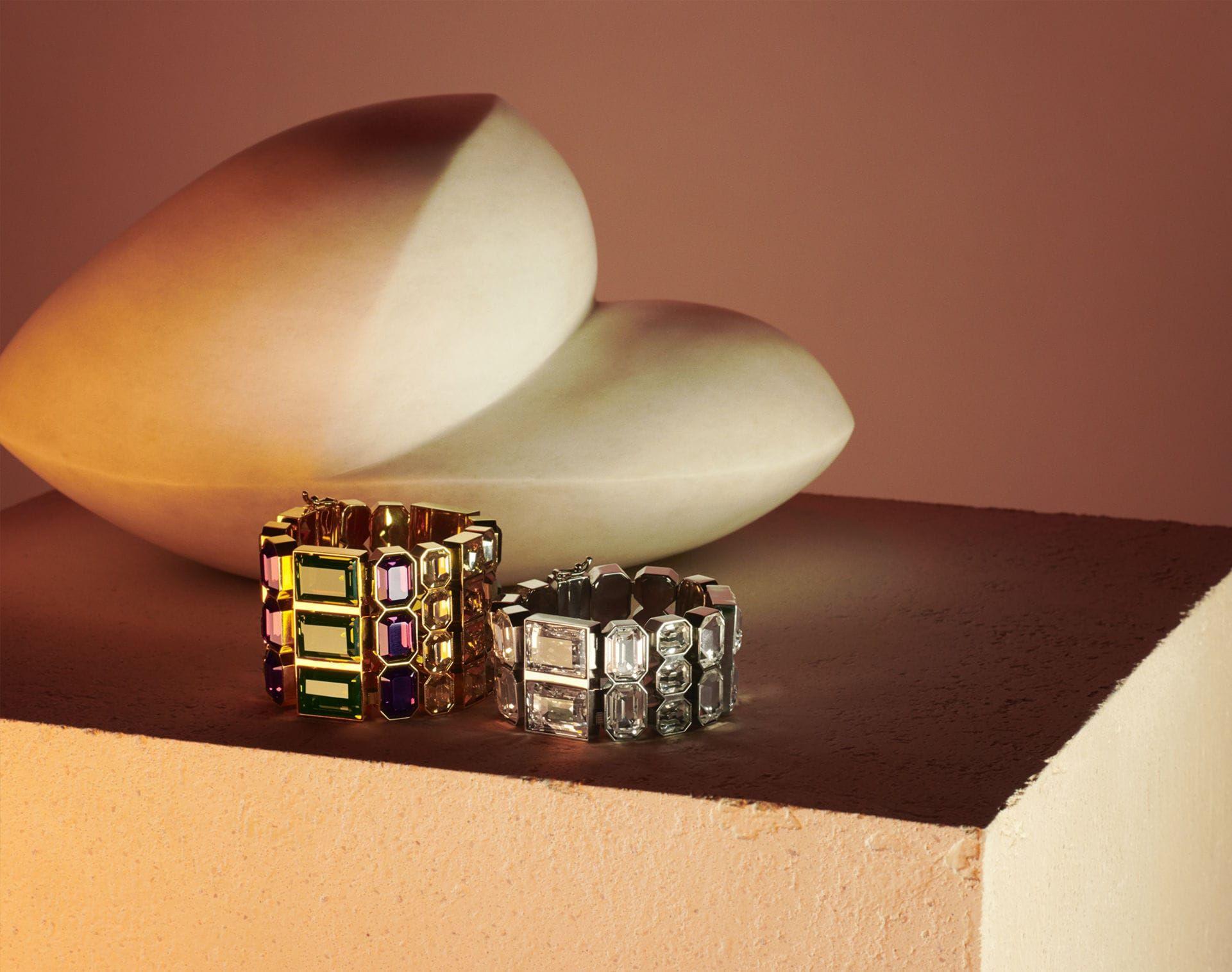 editorialhotspot grid_2x1_HP_bracelets
