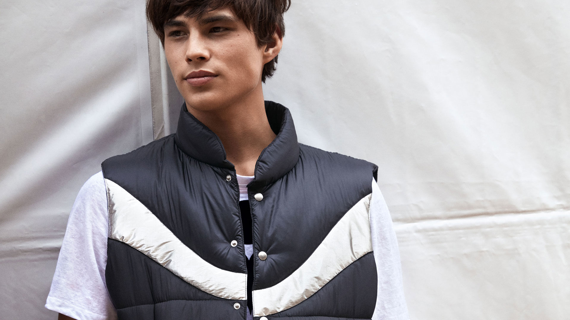 DREAM sleeveless puffer jacket