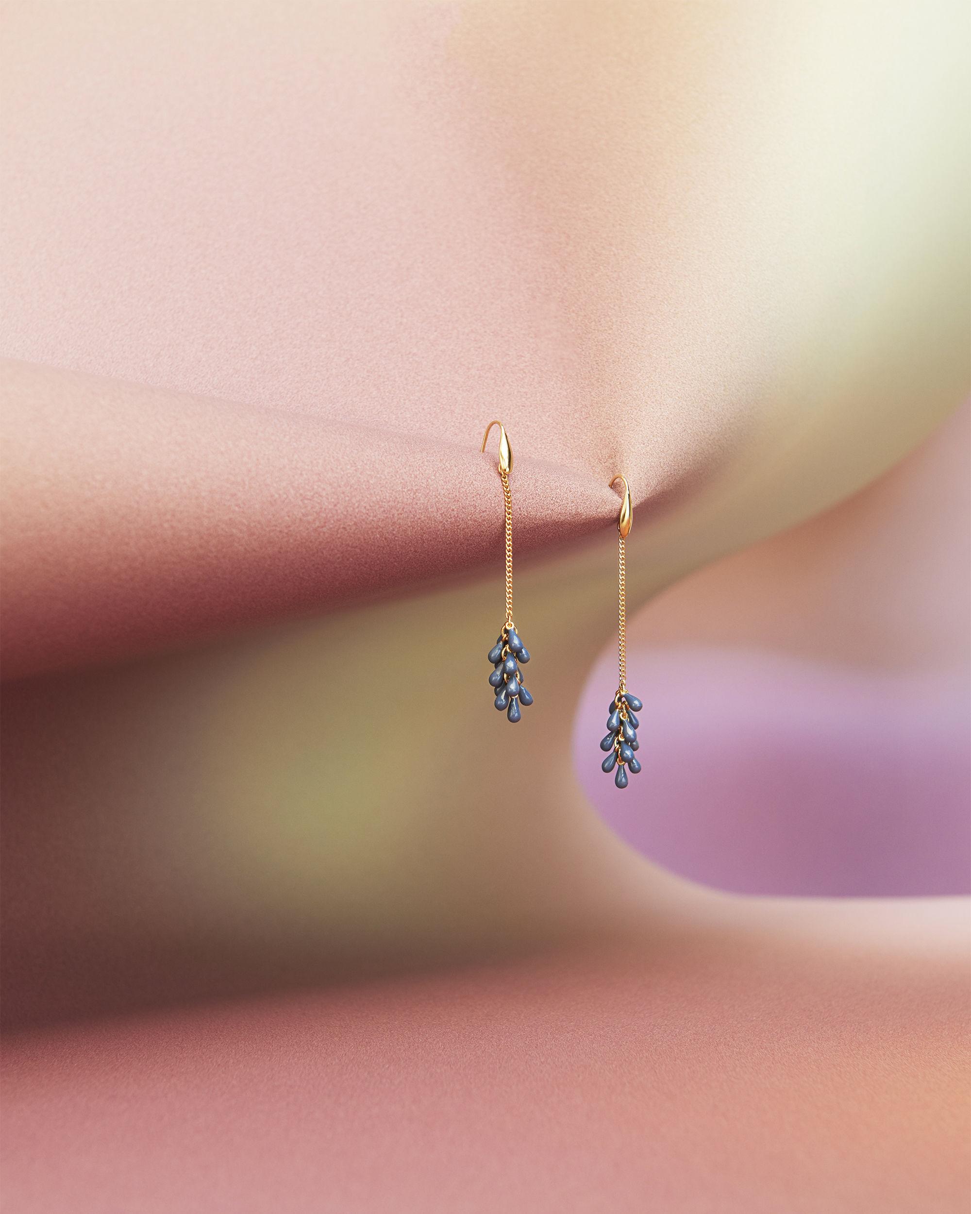 N'GIRI earrings