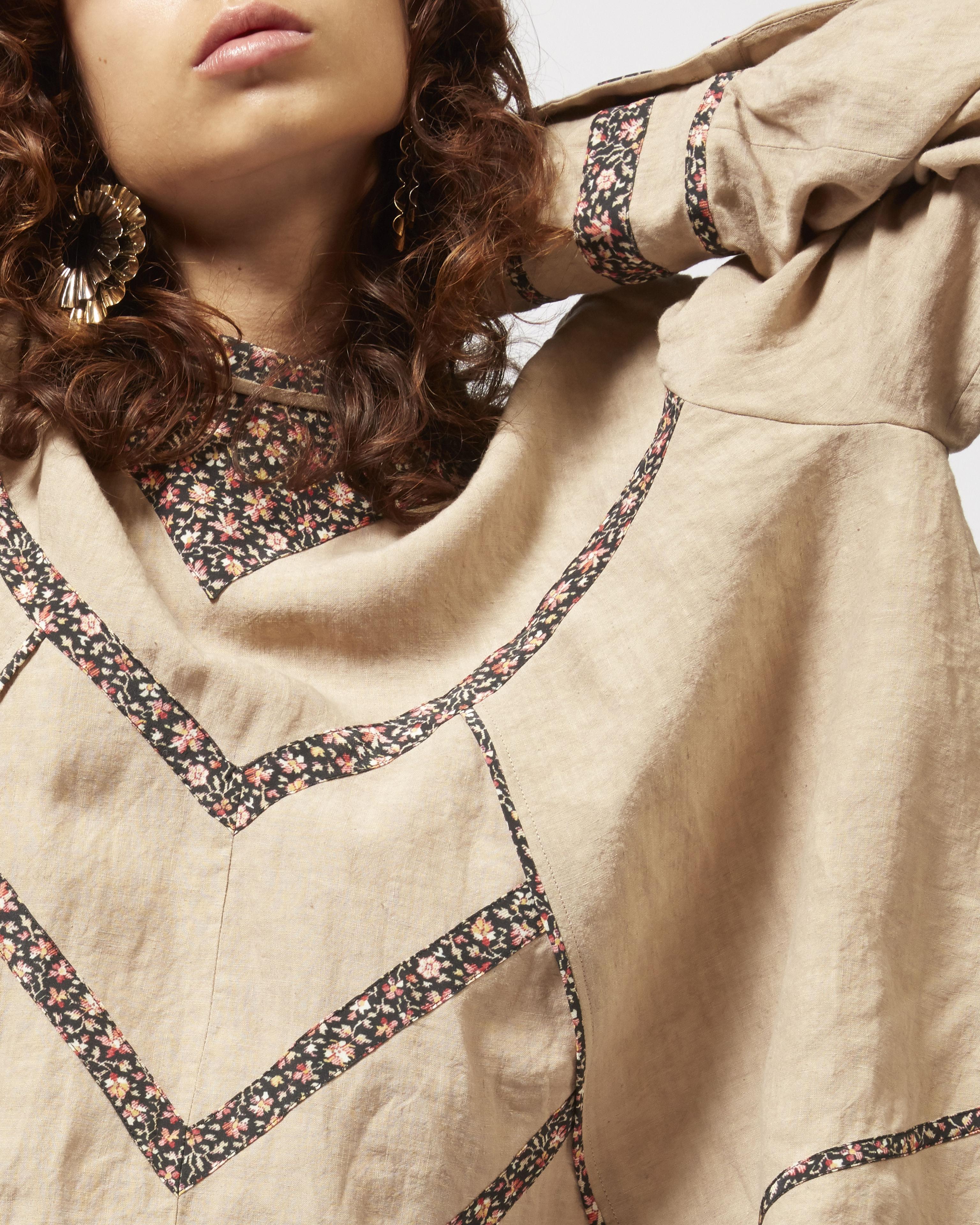 MOONY linen top