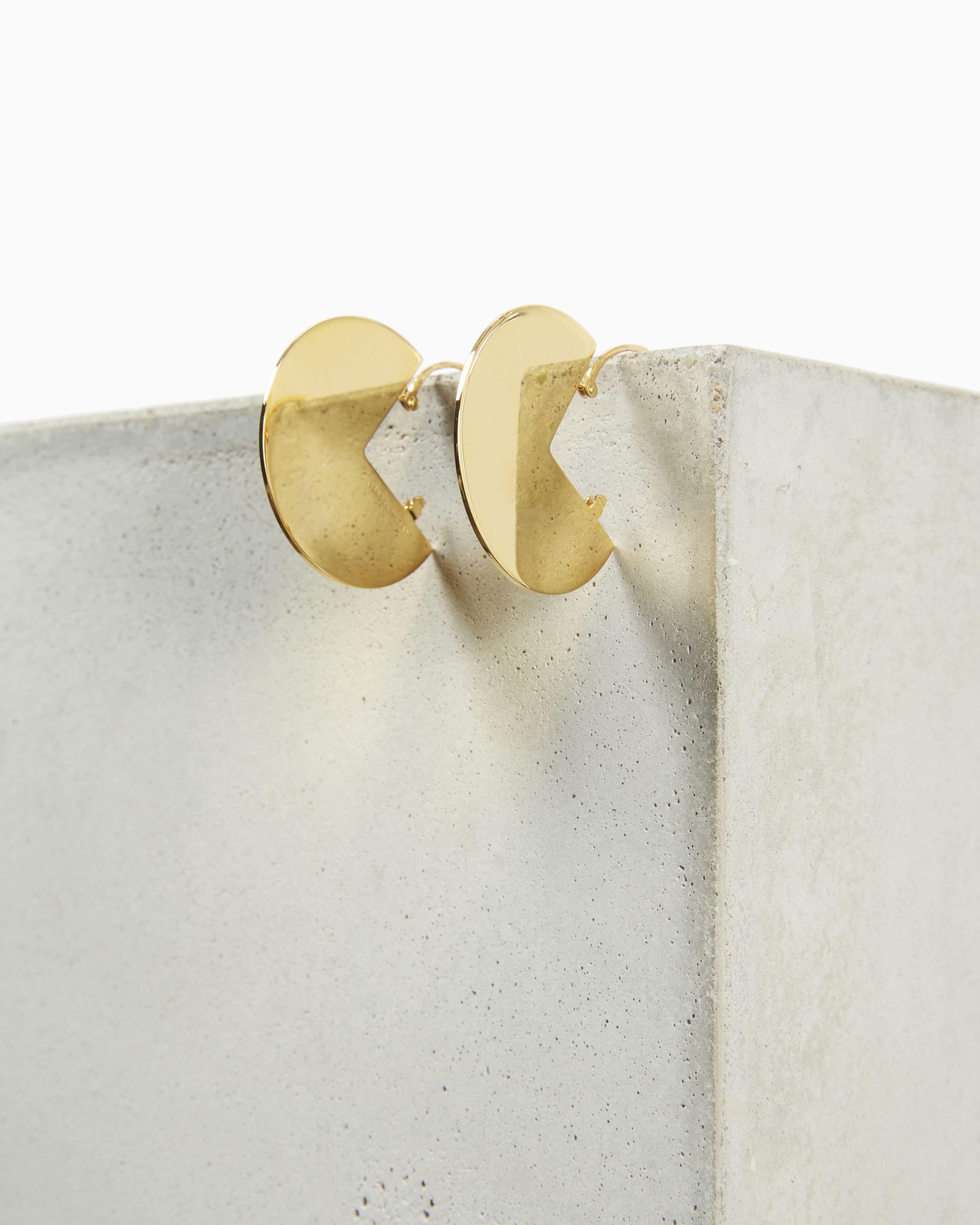 90° earrings