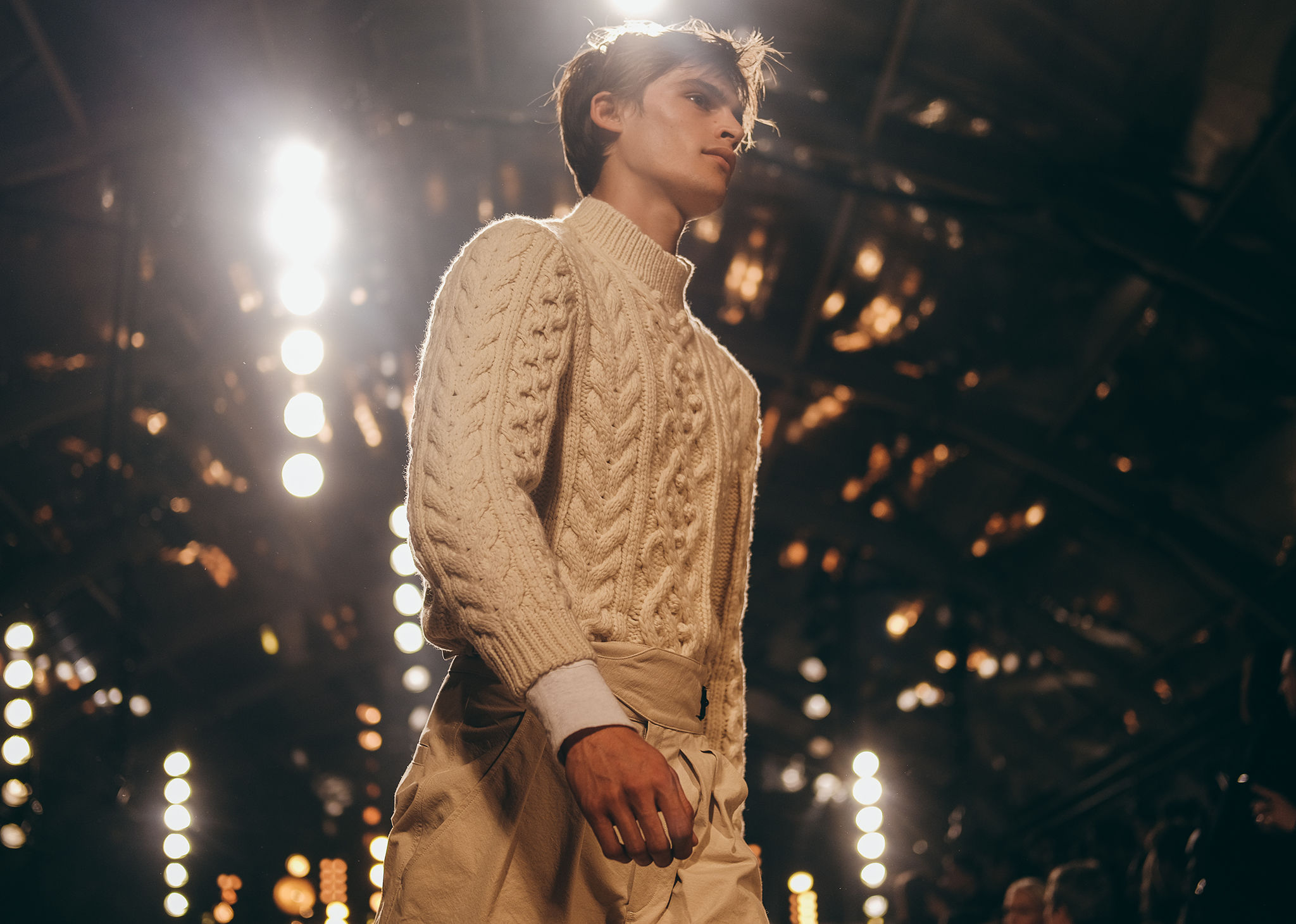 The model is walking the runway, wearing the Macey sweater. Click on this picture to see the new Isabel Marant Men selection.