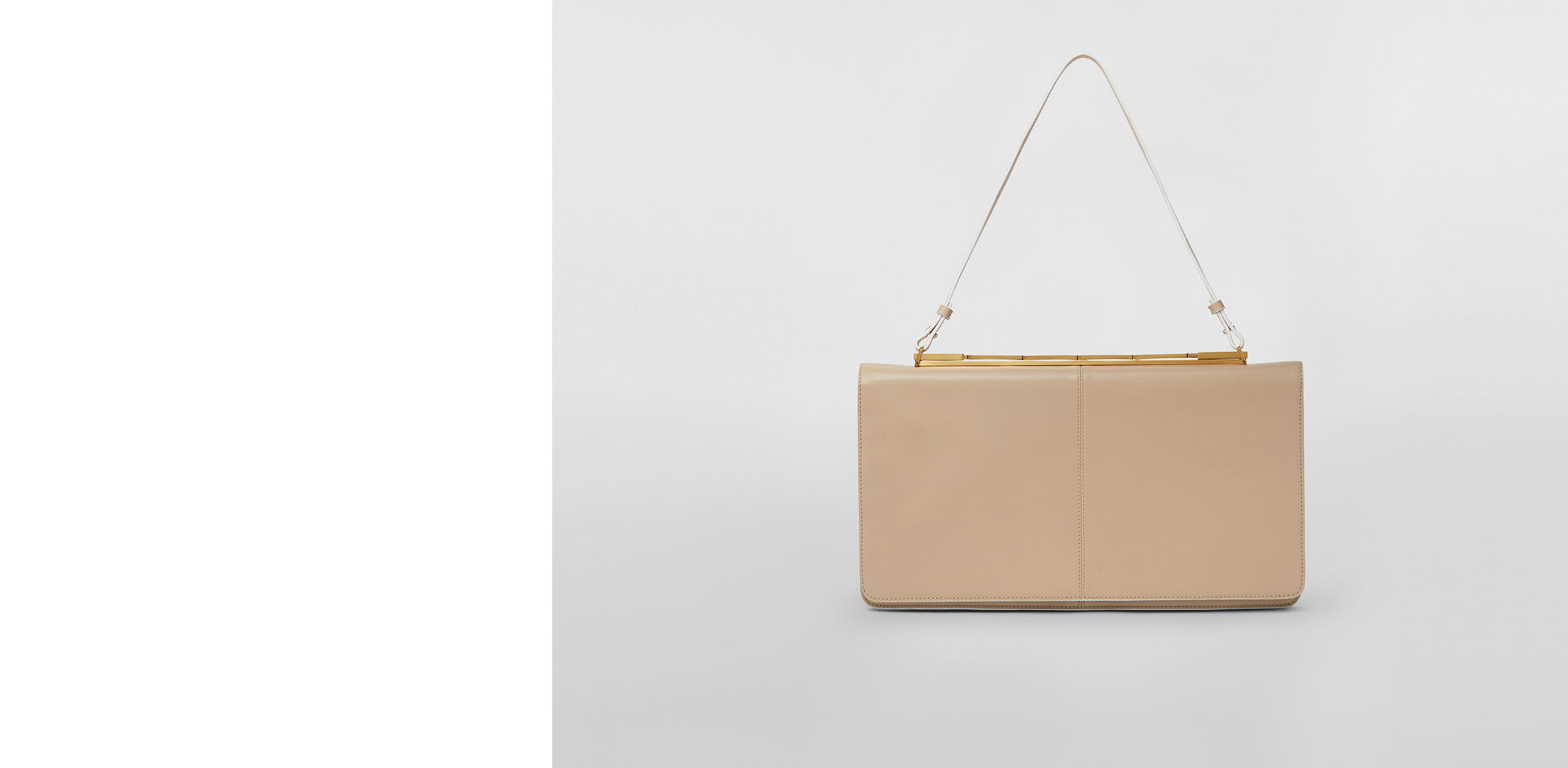 997a33215e974 Cachè BagA retro-inspired bag with an intriguing play of interlocking parts  Discover now