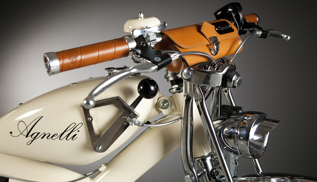 Close up of fifties tank on a cream bicycle by Luca Agnelli.