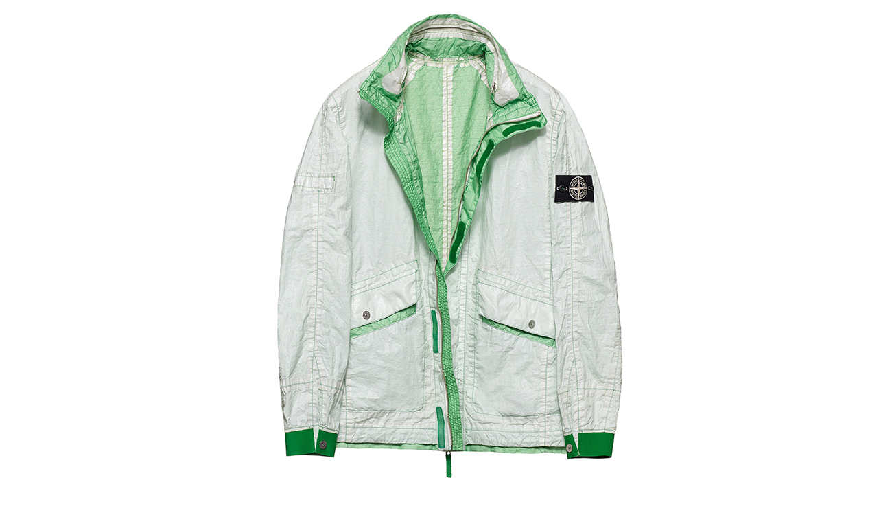 Reversible, lightweight jacket in Dyneema flexible composite fabric with one side in white and one in green.