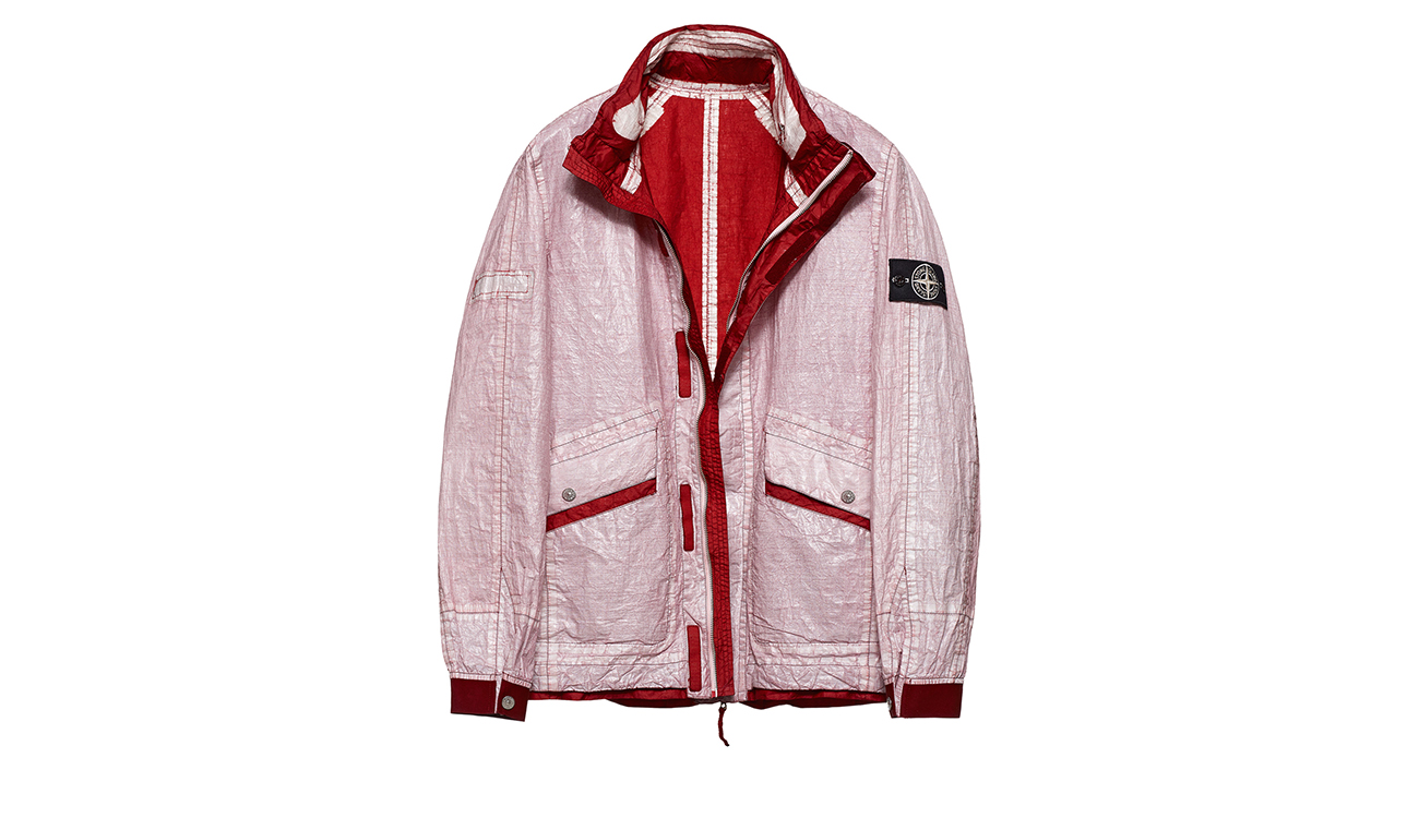 Reversible, lightweight jacket in Dyneema flexible composite fabric with one side in white and one in dark red.