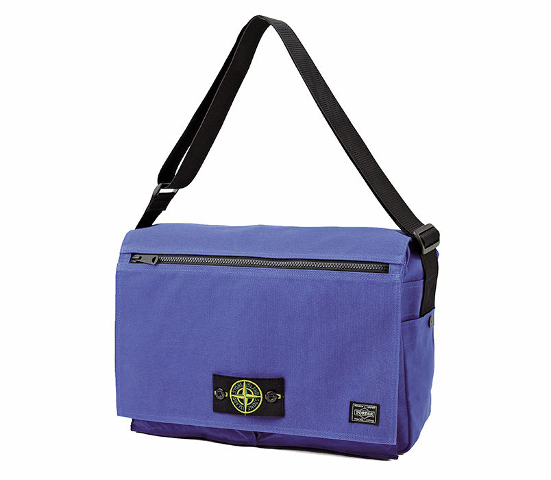 A blue Boston bag made of Polypropylene Tela and Nylon Metal.