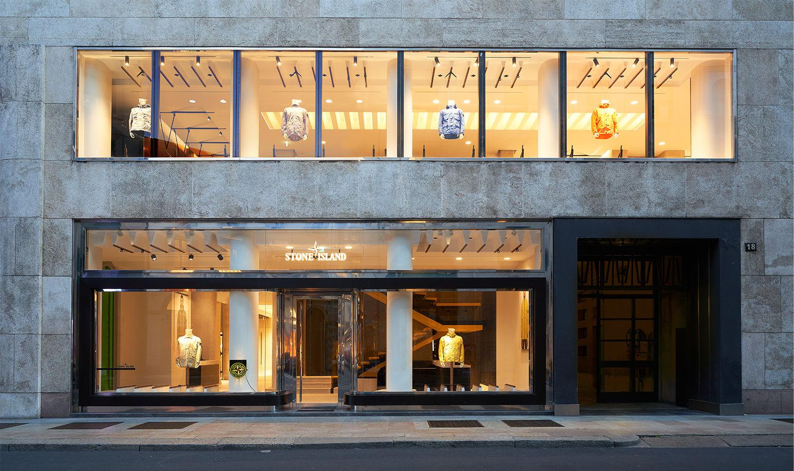 quality design d1390 f4efb STONE ISLAND CAMBIA INDIRIZZO A MILANO - Stone Island Corporate